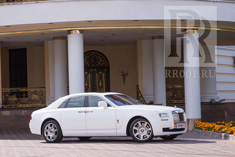 Rolls Royce Phantom 2015 года